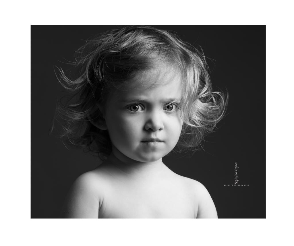 photographe de portrait d'enfant à toulon-emilie4