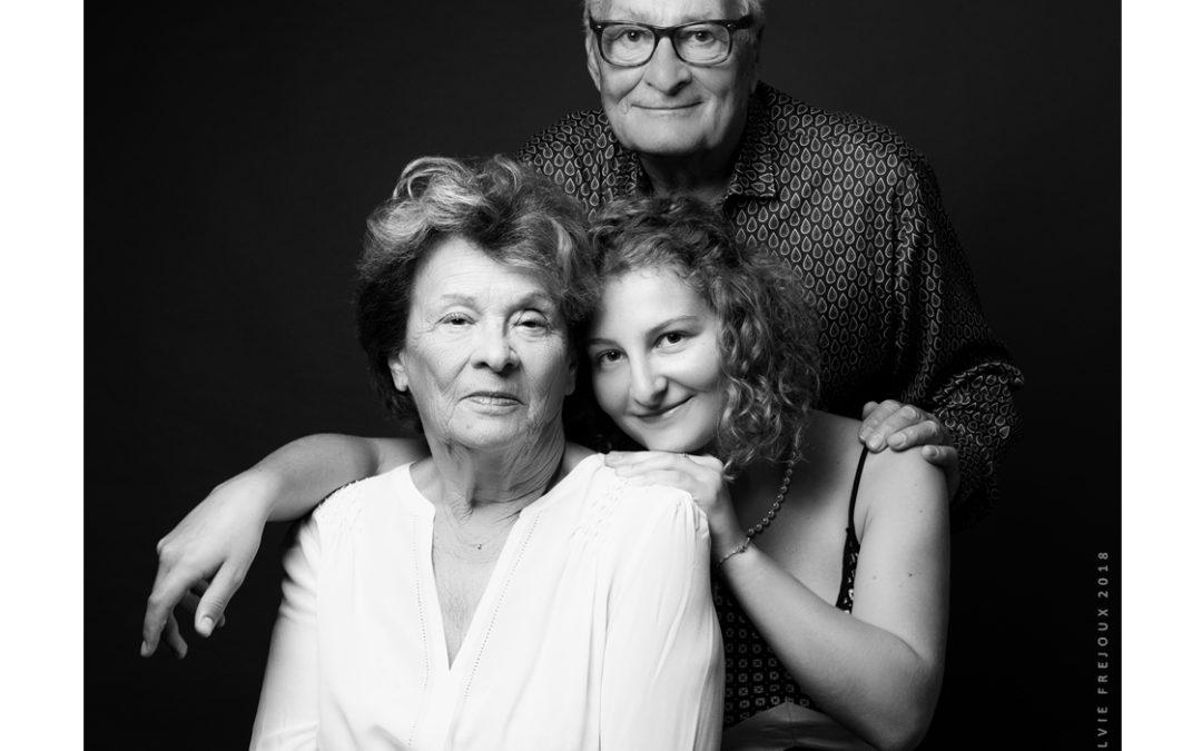 Photographe portrait en famille à Toulon